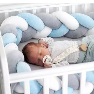 Tour de lit tressé pour bébé